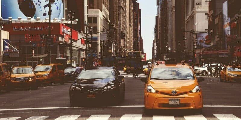 Rideshare Services Here To Change The Game | How Rideshare Services Help Solve Congested Roads?